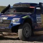 Carlos Sainz y Al Attiyah luchan por la victoria final en el Dakar