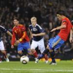 España derrota 2-3 a Escocia en el Hampden Park