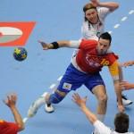 España gana a Noruega pensando en las semifinales