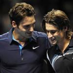 Federer gana a Ferrer y estará en la final de la Copa de Maestros