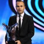 Iniesta mejor jugador de Europa de la UEFA 2012