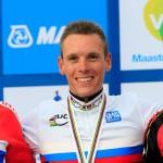 Gilbert, campeón mundial, Valverde medalla de bronce