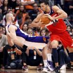 Los jugadores de la NBA serán multados si intentan engañar al árbitro