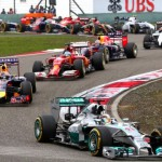 Hamilton gana en China, Alonso tercero