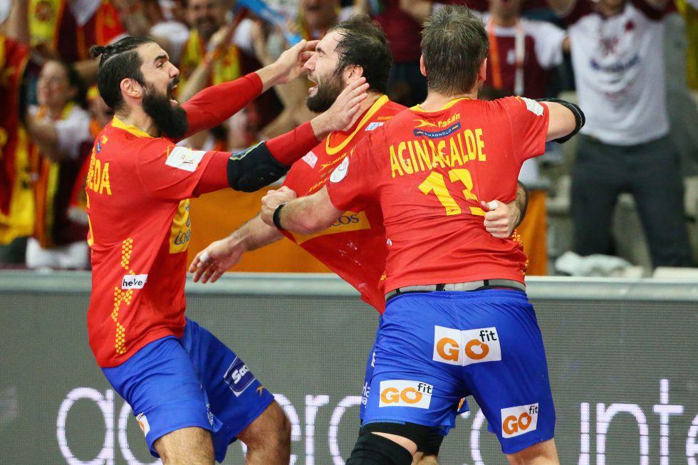España elimina a Dinamarca