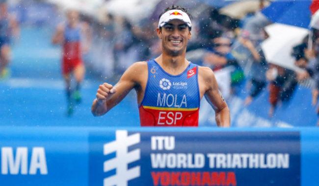 Mola, líder en el Mundial de triatlón