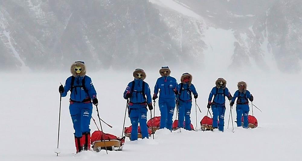 Seis mujeres cruzan la Antártida